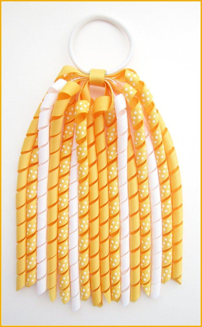 Yellow Gold Polka Dot Korker Streamer